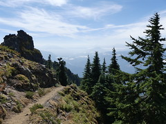 Sauk Mountain Trail (Go4Hike) Tags: saukmountain hiking hikingwashington washingtonhiking summerhiking nature landscape trail washingtontrails pacificnorthwesthiking pacificnorthwest northcascades highway20hiking mountains saukmountaintrail northcascadeshiking augusthiking summerhikinginwashington wildflowers mountainlandscapes concretewa