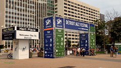 Jazz Entrance (FrogLuv) Tags: detroitmichigan hartplaza streetphotography motorcity detroitjazzfestival signs