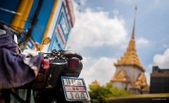 Behind Wat Traimit (Daniel Smukalla) Tags: 4k asia bangkok dslt sony sonya99 thailand timelapse goldentemple longexposure motionblur slowshutter krungthepmahanakhon th