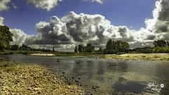 La Loire (touflou) Tags: fleuve loire france centre campagne ciel nuages clouds cloud rivière river sky country régioncentre bellevillesurloire