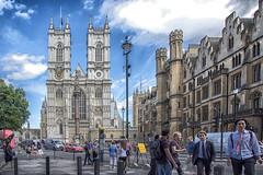 Westminster Abbey (Renato Pizzutti) Tags: londra westminsterabbey gotico torricampanarie facciata strada street nikon renatopizzutti