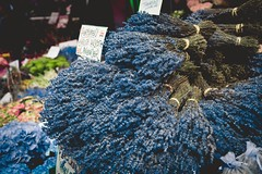 Flower Market (surfingstarfish) Tags: flower market flowermarket london lavender lavendel fragrance duft markt blumen blüten bündel