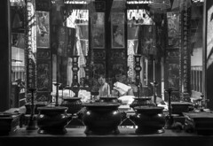 chinese temple b&w (Greg Rohan) Tags: people monochrome chinesetemple chinese vietnam saigon hochiminhcity asia blackwhite blackandwhite bw photography d7200 2017