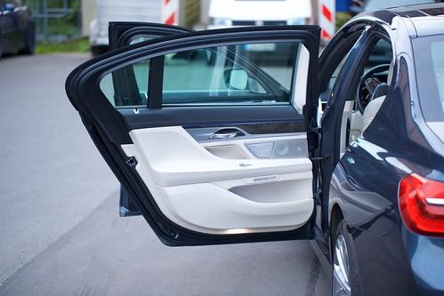BMW 730 Ld XDrive G12 - 35