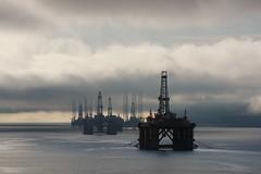 Invergordon (kmclaudio) Tags: pentaxart mare sea invergordon scozia sotland torre petrolio gas allaperto nuvole nebbia