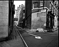 Marylebone  Passage (I M Roberts) Tags: marylebonepassage centrallondon w1 streetscene mamiya7 bw film