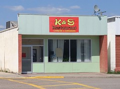 K&S Restaurant Outlook SK 20170714_143159 (CanadaGood) Tags: canada saskatchewan sk outlook building restaurant chinese prairie cameraphone 2017 thisdecade canadagood colour color blue green red