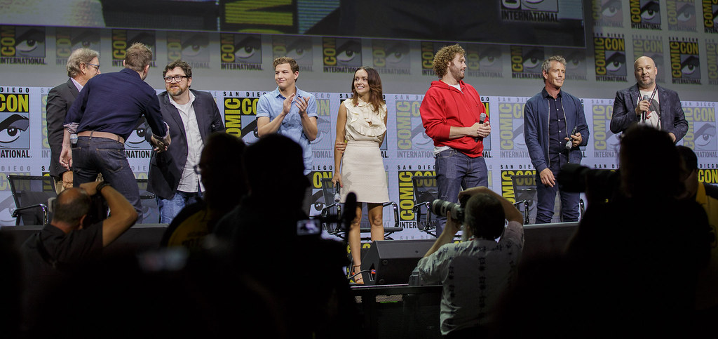 The World's newest photos of panel and warnerbrothers - Flickr Hive Mind