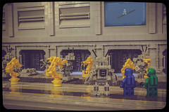 Visiting the K3 factory (Priovit70) Tags: lego minifigures benny mrrobot k3 keko mechanoid factory tour olympuspenepl7