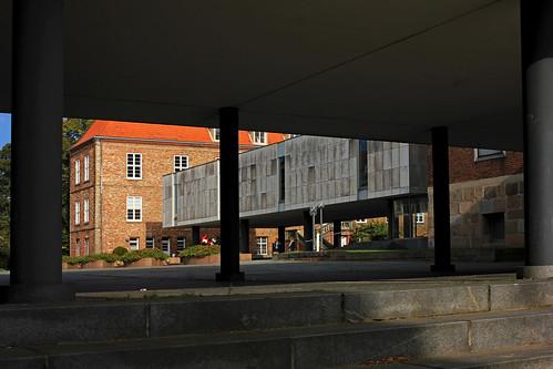 "Kieler Schloss (12) • <a style=""font-size:0.8em;"" href=""http://www.flickr.com/photos/69570948@N04/36932583200/"" target=""_blank"">View on Flickr</a>"