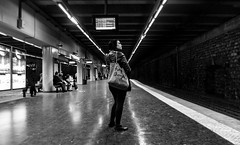DSCF1193 (::Lens a Lot::) Tags: ebc fujinonsw 19mm f35 70s | 5 blades aperture m42 paris 2017 black white streetphotography street photography bw portrait candid metro subway gate station wide depth field fixed length vitage prime manual classic japanese primme lens noir et blanc monochrome intérieur personnes profondeur de champ plafond train lignes architecture bokeh dof