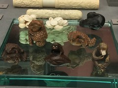 Mackelvie collection goodies (SandyEm) Tags: 20september2017 mackelviecollection aucklandwarmemorialmuseum aucklandmuseum museumgallery netsuke edoperiod