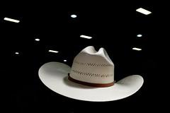 . (Fabian Schreyer // shootingcandid) Tags: americana street strasenfotografie augsburg cowboy streetphotography shadow spotlight