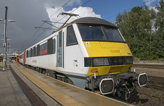 90012 (Lucas31 Transport Photography) Tags: trains railway class90 90012 norwich aga
