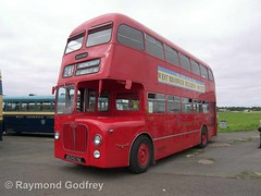 6342 HA preserved 1963 BMMO D9 - Midland Red 5342 (Ray's Photo Collection) Tags: showbus longmarston warwickshire bmmo d9 6342ha midlandred 5342 1963 2013 airfield stratforduponavon warks bus buses coach coaches rally show preserved