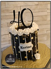 karina (The Whole Cake and Caboodle ( lisa )) Tags: caboodle cake cakes thewholecakeandcaboodle whangarei girl girls birthdaycakeswhangarei birthdaycakes black gold white rose