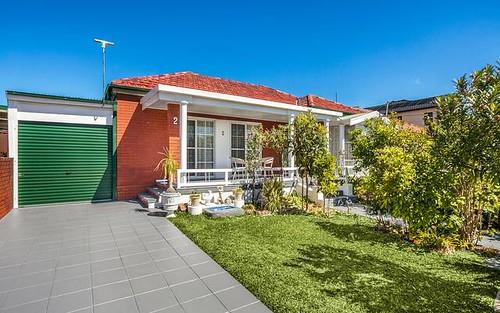 2 Lynwen Crescent, Banksia NSW