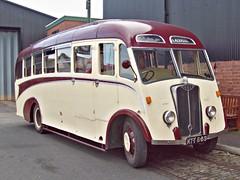 26 Guy Vixen Coach (1948) (robertknight16) Tags: guy british 1940s vixen bus coach wolverhampton dudley ktt689