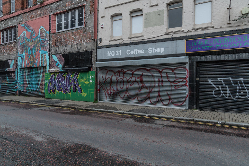 EXAMPLES OF URBAN CULTURE IN BELFAST [STREET ART AND GRAFFITI]-132945