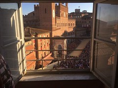 Il Palio di Siena!! 😍 amazing Italian tradition view from Palazzo Delci in Piazza del Campo🐎 #like #follow #siena #tuscany #Italy #event #travel #discover #enjoy #landscape #palio #piazzadelcampo ❤️ (borghettob) Tags: like follow siena tuscany italy event travel discover enjoy landscape palio piazzadelcampo
