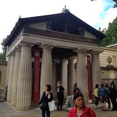 The Queen's Gallery (brimidooley) Tags: ロンドン london england uk 런던