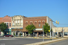 Around town (Jake (Studio 9265)) Tags: indiana bedford usa united states america small town brick building buildings city road sidewalk fall 2016 group one hudsons photography business store storefront stores street streetlight car historical old