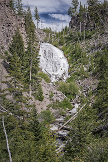 Wraith Falls (Yellowstone National Park)