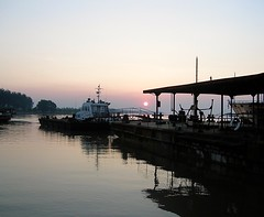 Magical Places - China  (6) (The Spirit of the World) Tags: sunset light sunlight industrial boat reflections river yangtzeriver shadows mood atmosphere asia oreint port trade shanghai symbolism evening dock pier