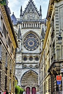 Notre Dame left Side
