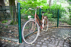 Annecy_Bikes-7454 (dtpowski) Tags: bikes annecy classicbikes france mountains oudoors stilllife rhonealps