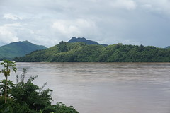 (ananemsis) Tags: river viewofthemekong mekongriver luangprabang northernlaos laos southeastasia asia