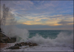 Olas (antoniocamero21) Tags: olas agua mar rocas oleaje color foto sony playa cala paisaje marina cielo atardecer llorell brava costa girona tossa cataslunya