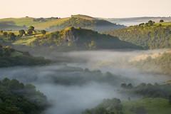 Thors Cave (JamesPicture) Tags: ectonhill mist peakdistrict staffordshire sunrise thorscave ecton england unitedkingdom gb
