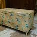 Old retro top open blanket box E30
