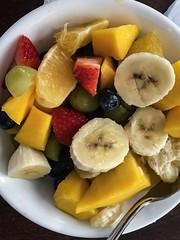 Mixed fruit medley... #fruit, #bannana #grapes #freshfruit #mango #summerfruit #strawberries (laudu) Tags: fruit bannana grapes freshfruit mango summerfruit strawberries