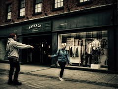 263/365 I Wanna Hold Your Hand (denise.ferley) Tags: norwich city candid citylife streetphotography street sonynex5 shopping shoppers peoplewatching people life pavement uk urban thisisengland thisisnorwich england 365 3652017
