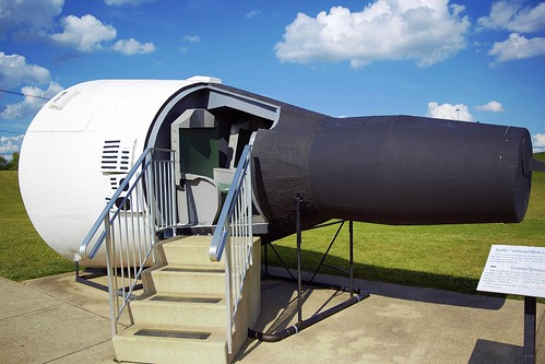 neil armstrong museum - 500×333