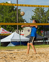 2017-08-25 BBV Coed Doubles (4) (cmfgu) Tags: craigfildespixelscom craigfildesfineartamericacom baltimore beach volleyball bbv md maryland innerharbor rashfield sand sports court net ball outdoor league athlete athletics sweat tan game match people play player doubles twos 2s coed