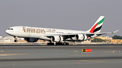 Emirates A340-500. (spencer.wilmot) Tags: a6eri ek uae ekuae dxb omdb dxbomdb landing heavy runway ramp quad aviation airplane aircraft airliner airport airside arrival approach airbus a345 a340500 a340541 emirates dubai civilaviation commercialaviation longhaul widebody winglets evening eveninglight huge long jet jetliner plane reversing taxiway