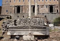 Milliarium Aureum, Forum, Roma (Sebastià Giralt) Tags: roma rome italy italia romà roman romano urbanisme urbanismo urbanism milliarium via road