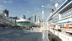Cruise ships that call on the city Vancouver (Alta alatis patent) Tags: vancouver cruise ship tourism canadaplace
