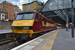 DB Schenker 90020 Collingwood (Will Swain) Tags: london kings cross station 20th july 2017 greater capital city south east train trains rail railway railways transport travel uk britain vehicle vehicles country england english vtec virgin mainline main line db schenker 90020 collingwood class 90 020
