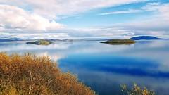Þingvallavatn (skolavellir12) Tags: þingvallavatn vann island þingvellir ísland iceland clear water