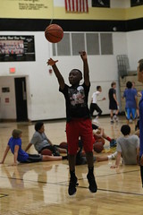 IMG_1703 (dbadair) Tags: gville gainesville fl florida youth basketball camp 2017 buchholtz high school gvillegainesvilleflfloridayouthbasketballcamp2017buchholtzhighschool unitedstates united states corey brewer 8th annual back2back