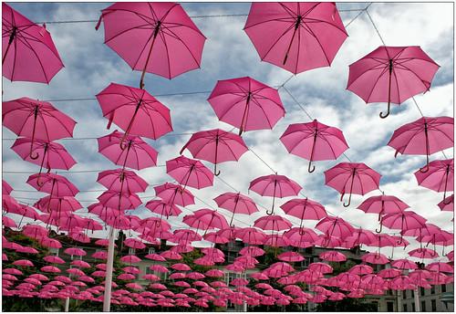 Mouvement rose lutte contre cancer du sein (Pau - 64)