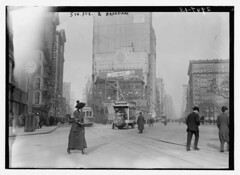 Fifth Avenue & Broadway, 1910. (michaeldonovan22) Tags: newyorkcity nyc 1910 fifthavenue broadway found safe libraryofcongress loc blackwhite monochrome mercedes michaeldonovan michaeldonovan22 madisonsquare