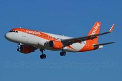easyJet UK G-EZOU Airbus A320-214 Sharklets cn/6754 @ LEBL / BCN 08-11-2016 (Nabil Molinari Photography) Tags: easyjet uk gezou airbus a320214 sharklets cn6754 lebl bcn 08112016