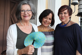 Liana Pérez, art circuits Publisher with friends Astrid Cohen and Lilia Garcia attending George Neary's Night at the Jewish Museum. Photo courtesy of Henry Pérez.