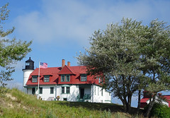 Point Betsie 9-3-17 (ionnature) Tags: frankfort michigan northernmichigan lighthouse lakemichigan pointbetsie pointbetsielight