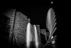 Mainz (Günther Bayerle) Tags: night skulptur blackandwhite